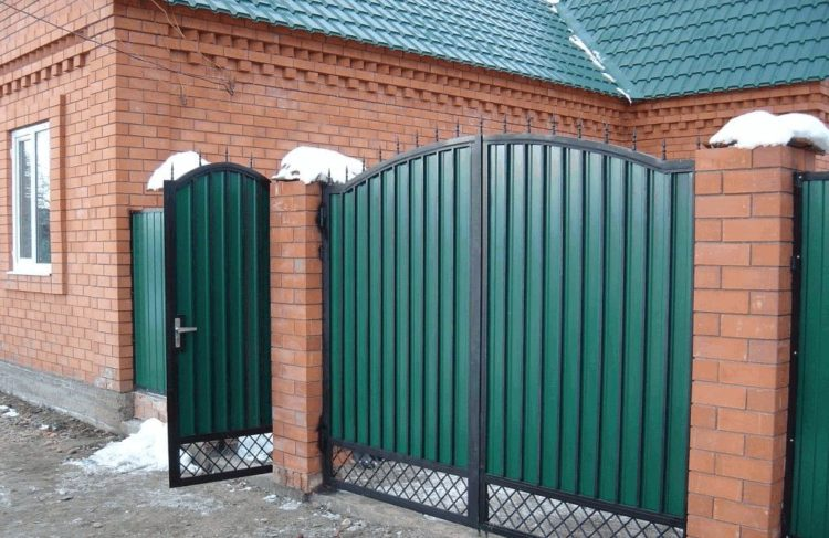 распашные ворота