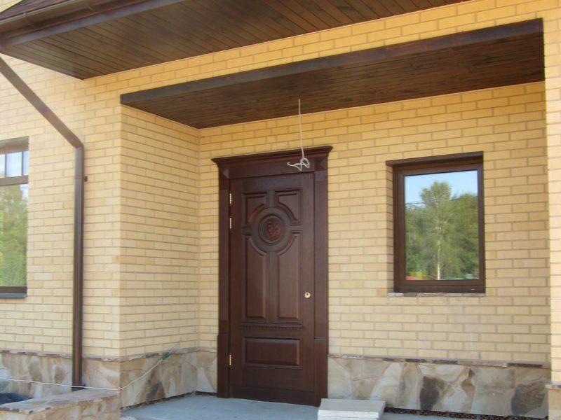 входные двери металлические в частный дом