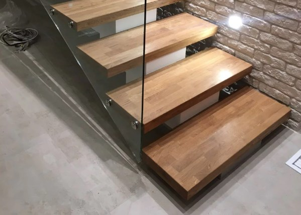 ступени для лестниц на металлокаркасе