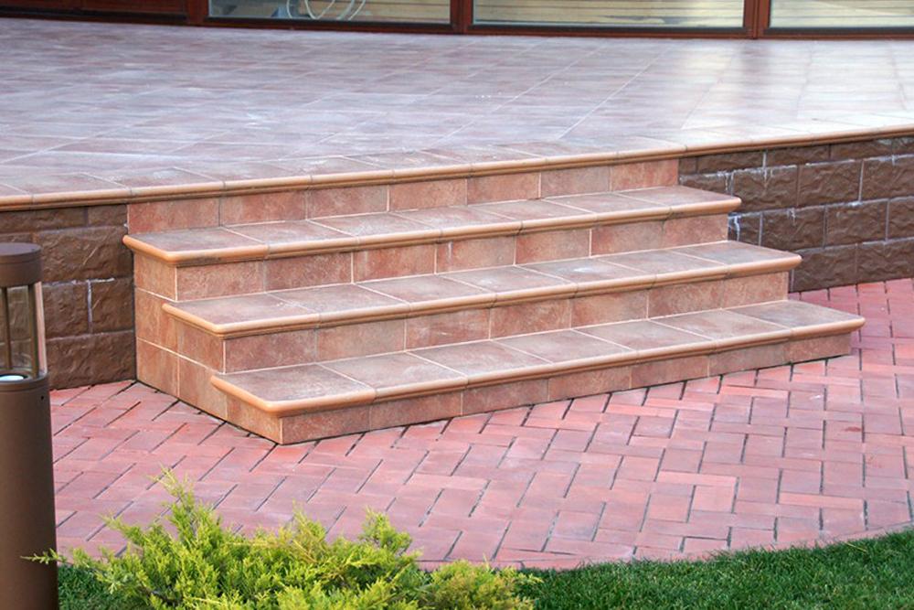 плитка для уличных лестниц